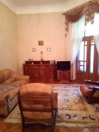 продажа многокомнатной квартиры номер A-87444 в Приморском районе, фото номер 7